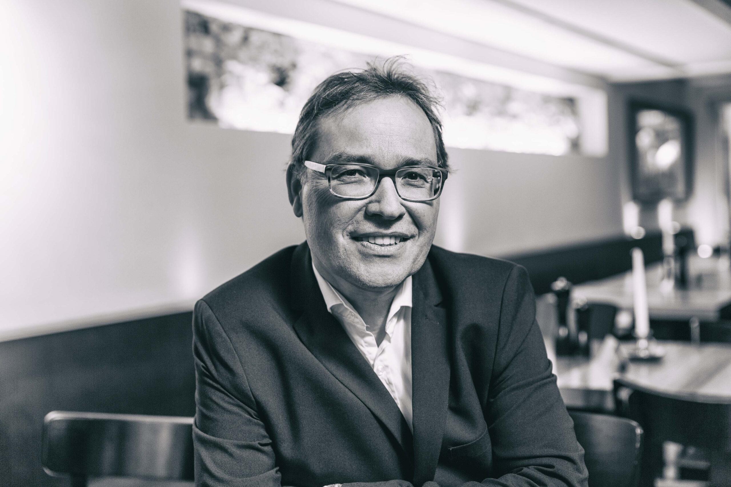Dr. E. Paul Scheidegger